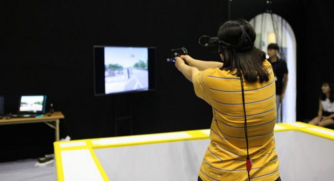 한국원자력통제기술원이 개발한 VR-NET은 1인칭 슈팅 게임처럼 구현돼 평소 경험하기 힘들거나 불가능한 상황을 실제처럼 생생하게 체험할 수 있다.